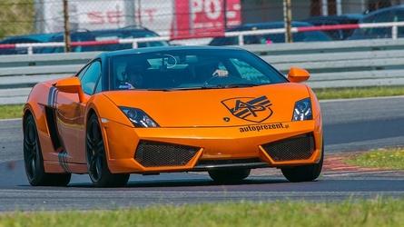 Jazda lamborghini gallardo i ferrari f430 i nissan gtr - kierowca - poznań karting - 3 okrążenia