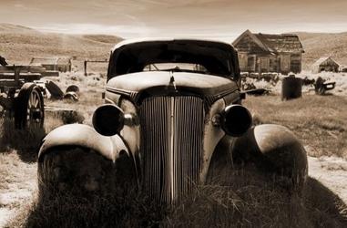 Rosty car - fototapeta