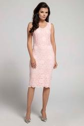 Jasnoróżowa dopasowana sukienka koronkowa bez rękawów