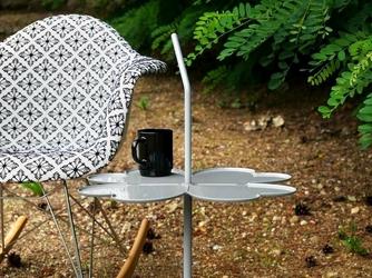 Stolik metalowy z uchwytem clover nowoczesny szary