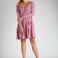 Różowa luźna sukienka zapinana na guziki