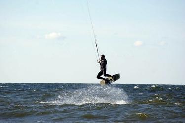 Szkolenia kitesurfingowe dla początkujących - dziwnówek -  kurs 4 dniowy
