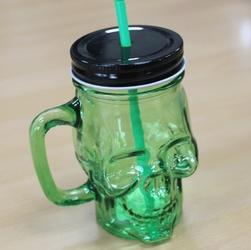 Zielona czaszka - szklany słoik do napojów z pokrywką