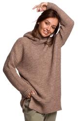Damski sweter oversize z golfem  - cappuccino