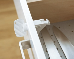 Magnetyczna blokada szuflad i szafek