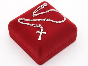 Srebrny krzyżyk pr. 925 pamiątka chrzest grawer