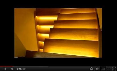 14 schodów - zestaw do oświetlenia schodów szerokość oświetlenia 60 cm
