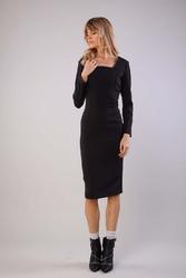 Elegancka dopasowana sukienka z dekoltem caro - czarna