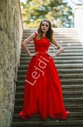 Luksusowa czerwona suknia z perełkami i koralikami