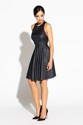 Czarna sukienka błyszcząca rozkloszowana z wycięciem na plecach