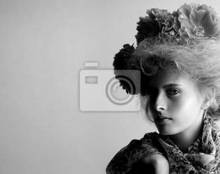 Obraz jesienią twarz kobiety moda uroda