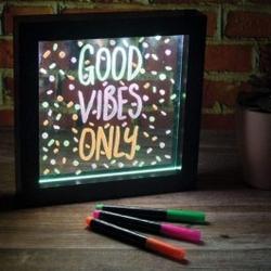 Podświetlana tablica neonowa