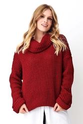 Bordowy oversizowy sweter z golfem
