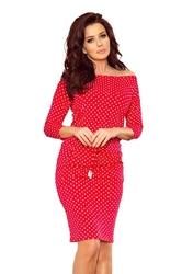 Czerwona sukienka sportowa ściągana w groszki