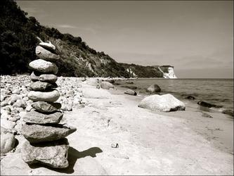 Kamienie na plaży - plakat wymiar do wyboru: 80x60 cm