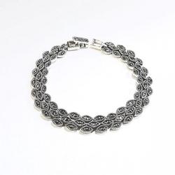 Laila ; srebrna bransoletka z markazytami