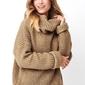 Orzechowy oversizowy sweter z golfe