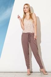 Brązowe długie spodnie z troczkami