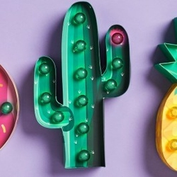 Lampka kaktus marquee