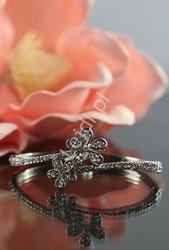 Bransoletka kryształkowa z kwiatkami
