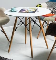 Biały okrągły stół na drewnianych nogach soho