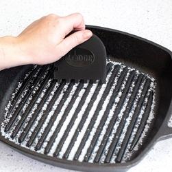 Skrobaki do czyszczenia patelni i patelni grillowych lodge scrapercombo