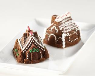Forma do ciasta dwa domki z piernika nordic ware 86748