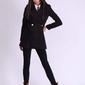 Czarny krótki dwurzędowy płaszcz wełniany