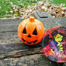 Pomarańczowy hex bomb bonfire pumpkin