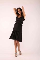 czarna wzorzysta sukienka na cienkich ramiączkach z falbankami