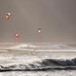 Fototapeta na ścianę windsurfing widziany z brzegu fp 1197