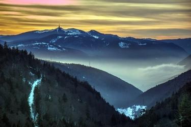 Fototapeta zmierzch słońca w górach fp 1701