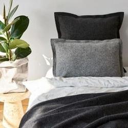 Moyha :: poduszka pięknie prosta szara