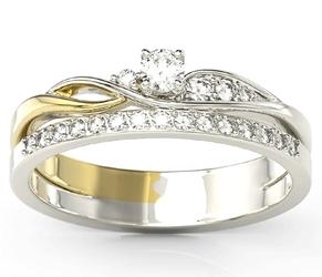 Pierścionek z białego i żółtego złota z białym szafirem, bogato zdobiony brylantami bp-77bz
