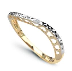 Staviori pierścionek. 1 diament, szlif brylantowy, masa 0,007 ct., barwa h, czystość i1. żółte, białe złoto 0,585. szerokość 2,5 mm. grubość 3 mm.