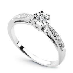 Staviori pierścionek z białego złota 0,585. 1 diament, szlif brylantowy, masa 0,08 ct., barwa h, czystość i1. 8 diamentów, szlif brylantowy, masa 0,08 ct., barwa h, czystość i1.