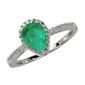Staviori pierścionek. 35 diamentów, szlif brylantowy, masa 0,19 ct., barwa h, czystość si2. 1 szmaragd, masa 1,35 ct.. białe złoto 0,585. średnica korony ok. 10x8 mm.