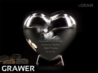 Srebrna skarbonka serce pamiątka na chrzest grawer