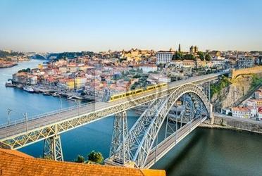 Fototapeta porto z mostu dom luiz, portugalia