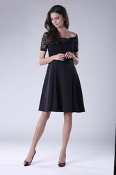 Czarna wyjściowa sukienka hiszpanka z koronką