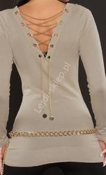 Beżowy sweter zdobiony złotym łańcuszkiem na plecach | tunika damska
