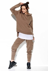 Komplet sweter z kapturem i spodnie bojówki - cappuccino