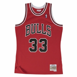 Koszulka Mitchell  Ness Scottie Pippen 1997-98 NBA Hardwood Classics Swingman Chicago Bulls SMJYGS18153-CBUSCAR97SPI - Pippen Away