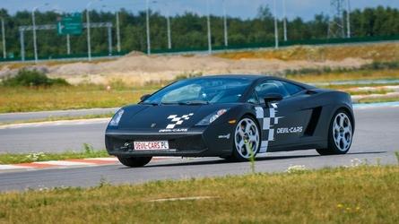 Jazda lamborghini gallardo i audi r8 - kierowca - tor olsztyn - 2 okrążenia