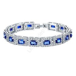 Kryształkowa niebiesko biała bransoletka, niebieska wieczorowa bransoletka, swarovski crystals