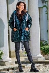 Lakierowana kurtka pikowana z kapturem - zielona