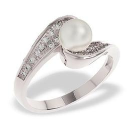 Pierścionek z białego złota z perłą i diamentami lp-14b