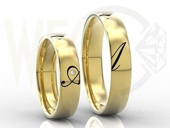 Obrączki ślubne złote z brylantem 0,02ct para z inicjałami wykonanymi w emalii ob-02z