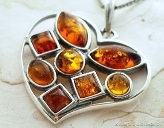Serce bursztynowe - srebrny wisior