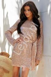 Cekinowa sukienka w kolorze brzoskwiniowo złotym 132